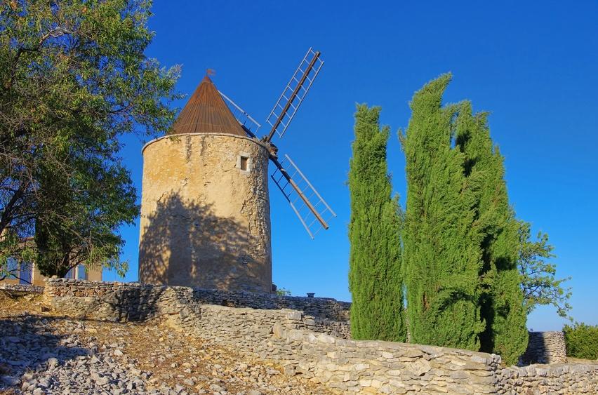 Moulin de St-Saturnin-les-Alpes
