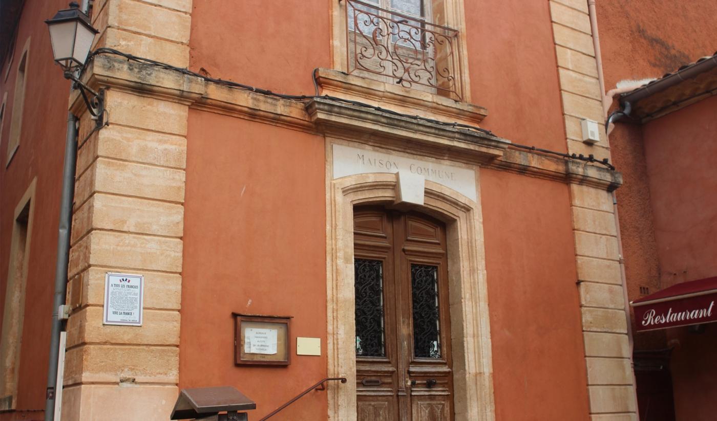 Habitat et architecture traditionnelle du luberon for Architecture traditionnelle